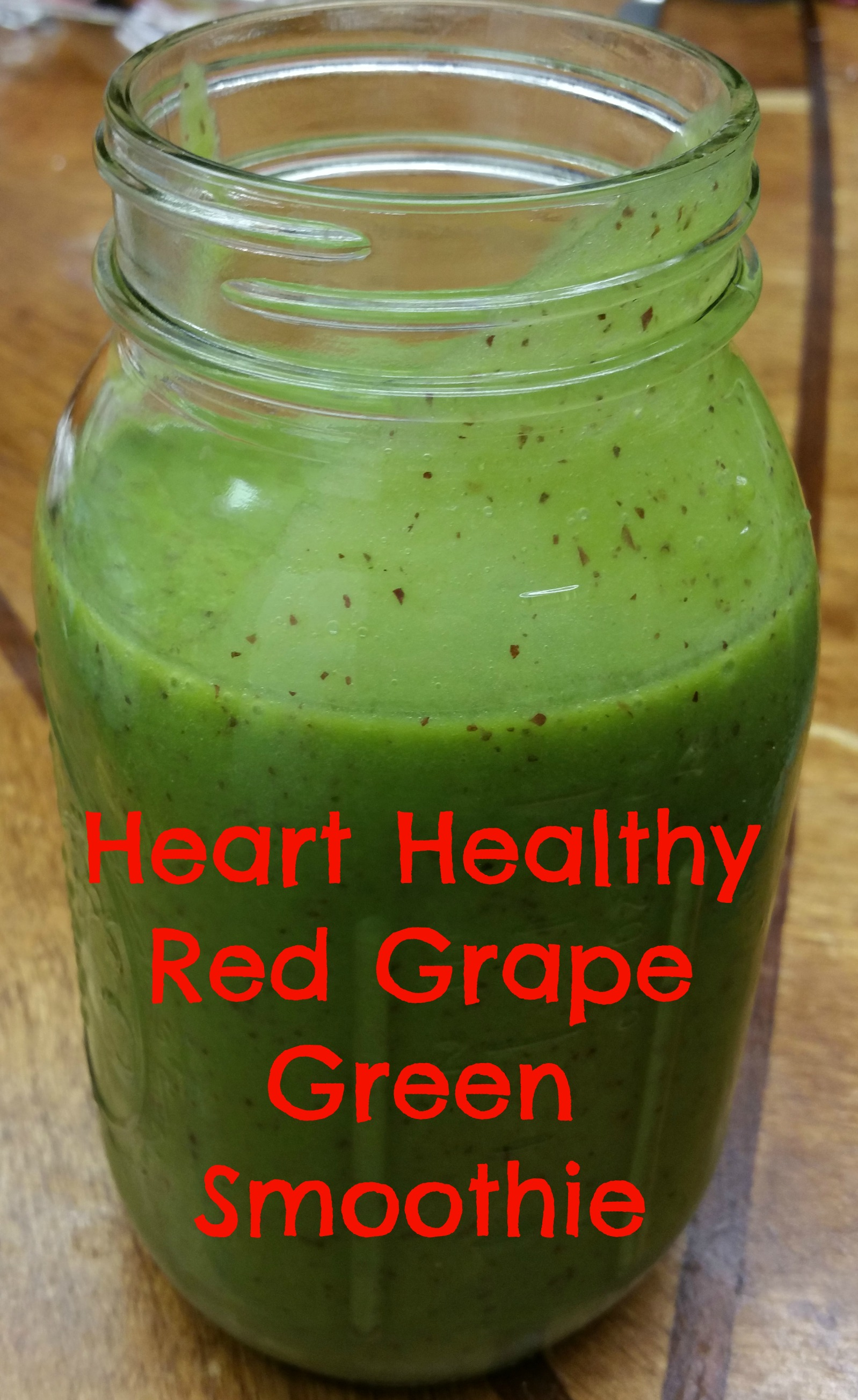 Delicious grape smoothie recipe - green smoothie with spinach